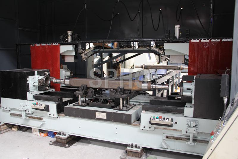 Automatic axle welding machine