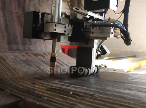 Inner seam Welding Machine for U shape Dumper