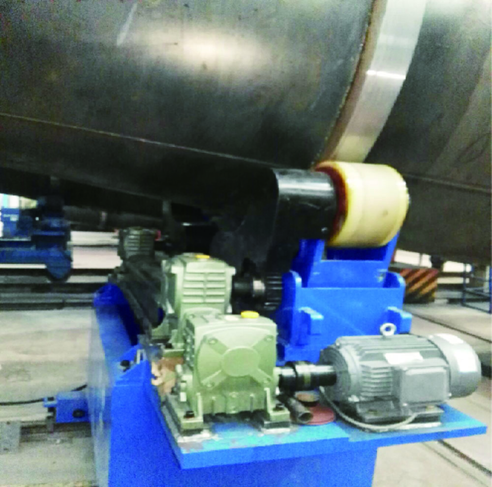 Intelligent double wire girth automatic welding machine