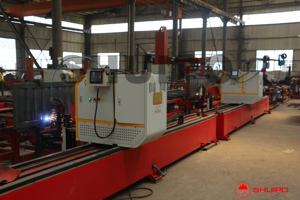 Special column board welding intelligent production line